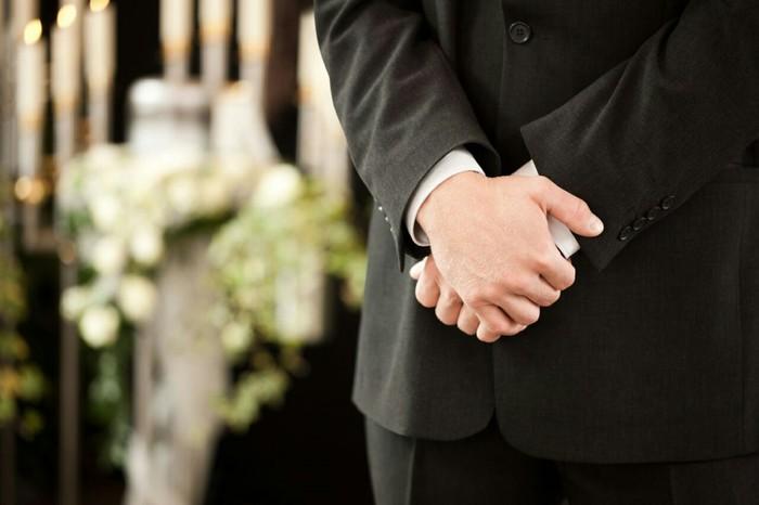 Такие разные профессии. Похоронный агент Профессия, Ритуальные услуги, Копипаста, Похороны, Длиннопост