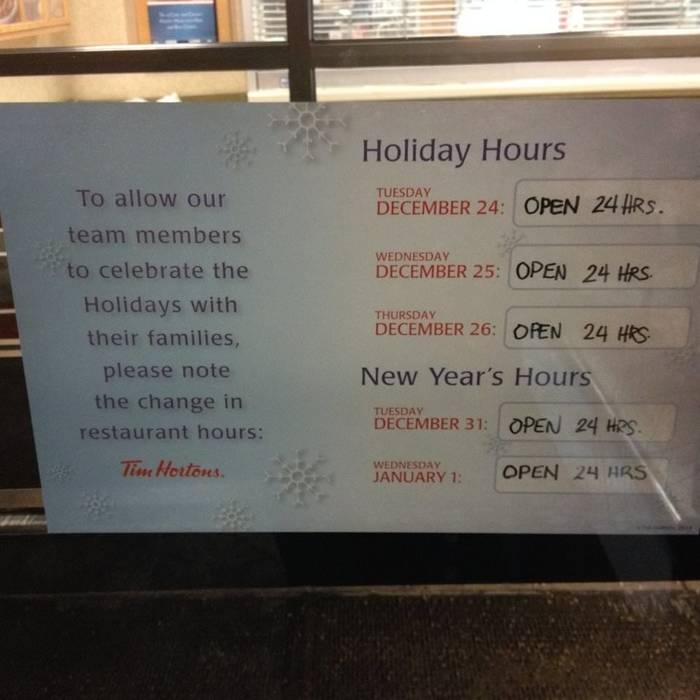 Забота о сотрудниках Праздники, Объявление, Рождество, Новый Год, Работа, Забота, Канада, Tim Hortons