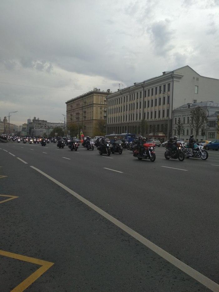Парад байкеров в Москве Байкеры, Мотоциклы, Парад, Длиннопост, Без рейтинга