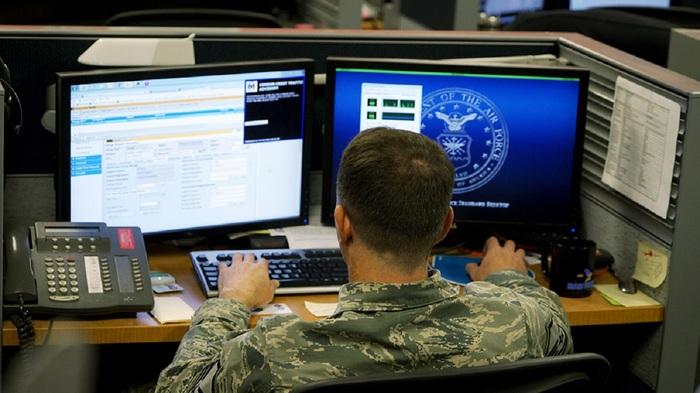 СМИ узнали о начале в США первой кибероперации против «агентов России» Политика, Россия, США, Выборы США, Длиннопост