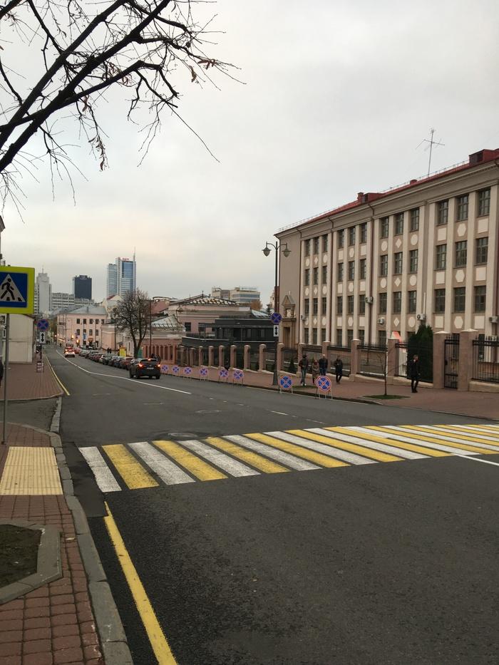 Парковка ЗАПРЕЩЕНАААААА!!!!! Парковка, Минск, Дорожный знак, Фотография