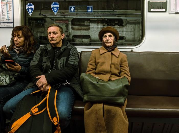 Бабушки. Санкт-Петербург, Метро, Ветераны, Фотография