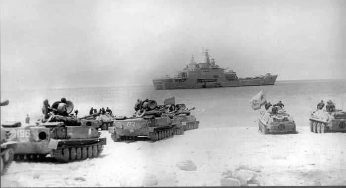 Они прикрывали Порт-Саид и штурмовали Сокотру.Ч.1. СССР, Морская пехота, Военные мемуары, Длиннопост