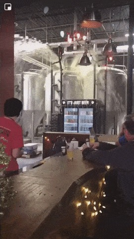 Its just Beer Гифка, Пиво, Давление