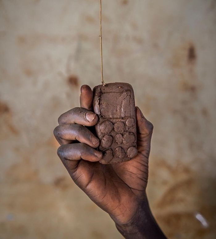 Тяжёлое детство 21 века Африка, Длиннопост, Игрушки, Дети, Глина, Картон