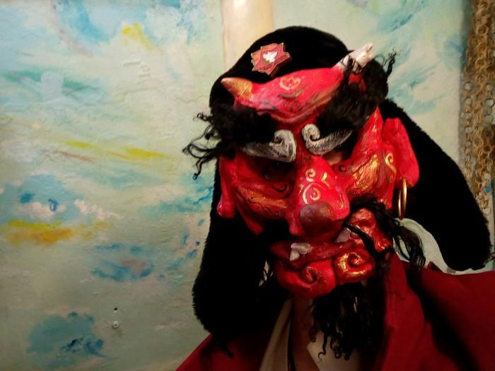 Маска тэнгу или новый год на носу Рукоделие с процессом, Папье-Маше, Лепка, Тэнгу, Японская мифология, Оригинальный подарок, Маска, Длиннопост