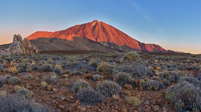 Тейде через 10 минут после восхода Солнца Вулкан, Канарские острова, Пустыня, Рассвет, Горы, Фотография
