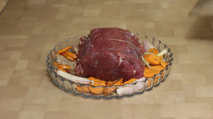 Сочная запеченная говядина в духовке Мясо в духовке, Рецепт, Видео рецепт, Кулинария, Еда, Irinacooking, Видео, Длиннопост, Говядина