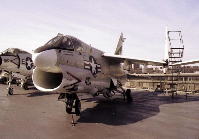 А-7 Corsair II. Американский корсар. Американские самолеты, Штурмовик, Корсары, а-7, Длиннопост