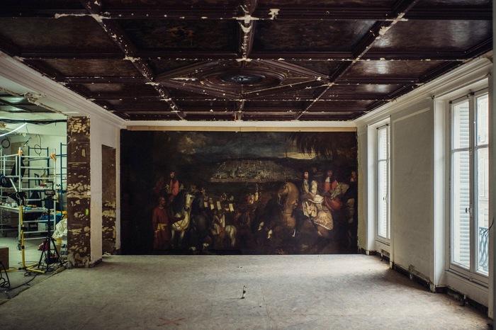 В парижском магазине в ходе ремонта нашли замурованную картину XVII века. Картина, Париж, Художник, Искусство, Магазин