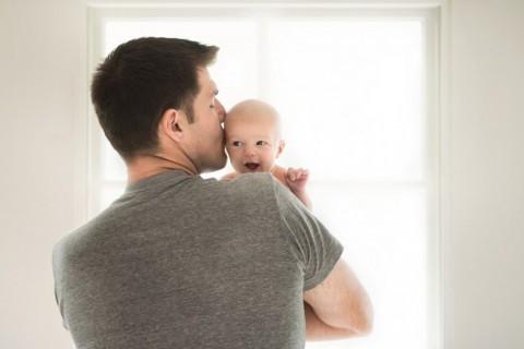 Депутат Госдумы предложил давать отцам новорожденных 10 дней отпуска Депутаты, Инициатива, Россия, ЛДПР, Родители и дети