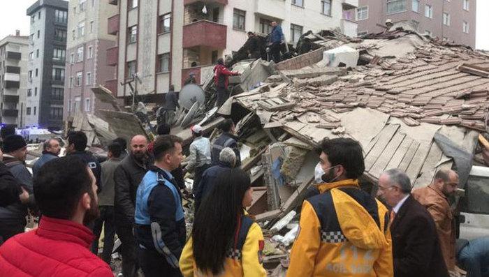 В Стамбуле обрушилось многоэтажное здание Турция, Новости, Стамбул, Дом, Обрушение, Фотография, Видео, Текст, Длиннопост