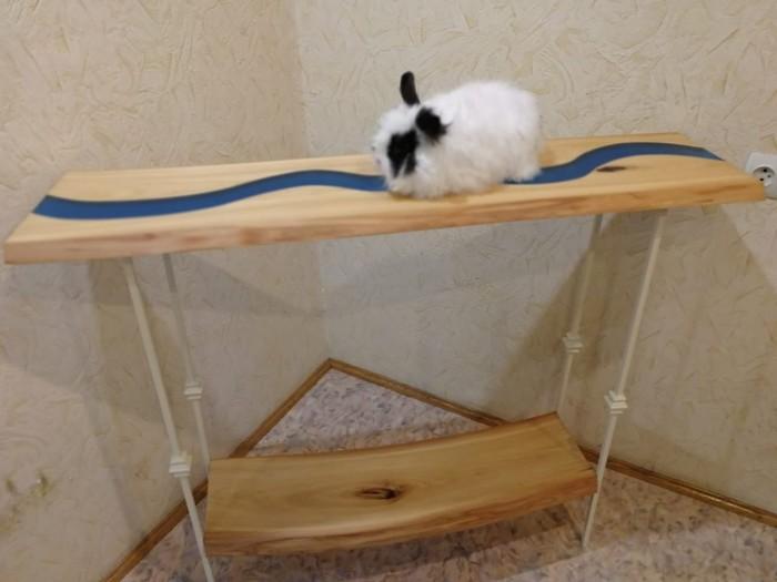 Самодельный стол-ручей из слэбов и эпоксидки