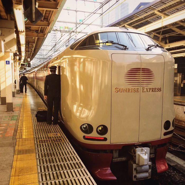Японские поезда со спальными вагонами. Япония, Железная Дорога, Длиннопост, Boredpanda