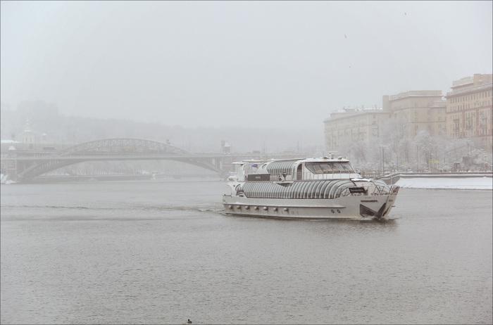Зимняя навигация на Москве-реке Москва, Москва-Река, Навигация, Зима, Фотография, Река