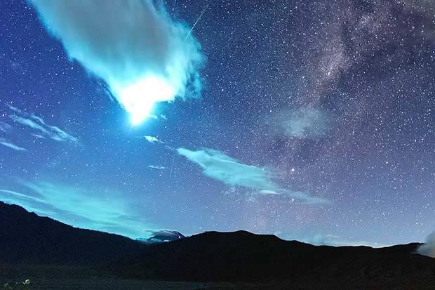 Фотографии,которые  подтверждают,что космос намного ближе,чем нам кажется. Космос, Звёзды, Планета, Земля, Галактика, Ракета, Остероид, Метеор, Длиннопост