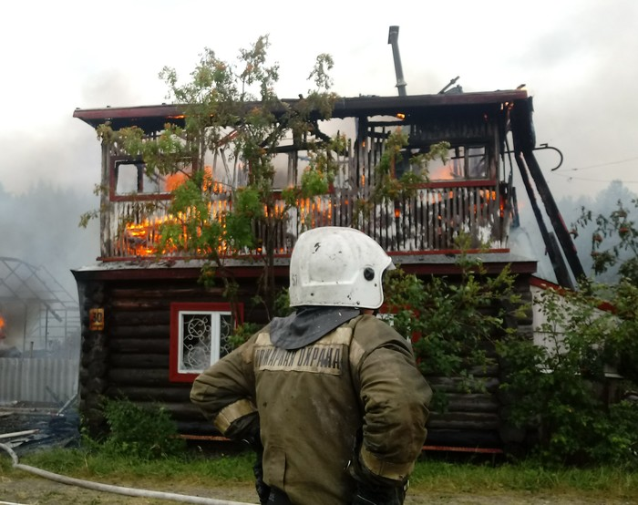 Работа пожарного Пожар, Пожарные, Усталость