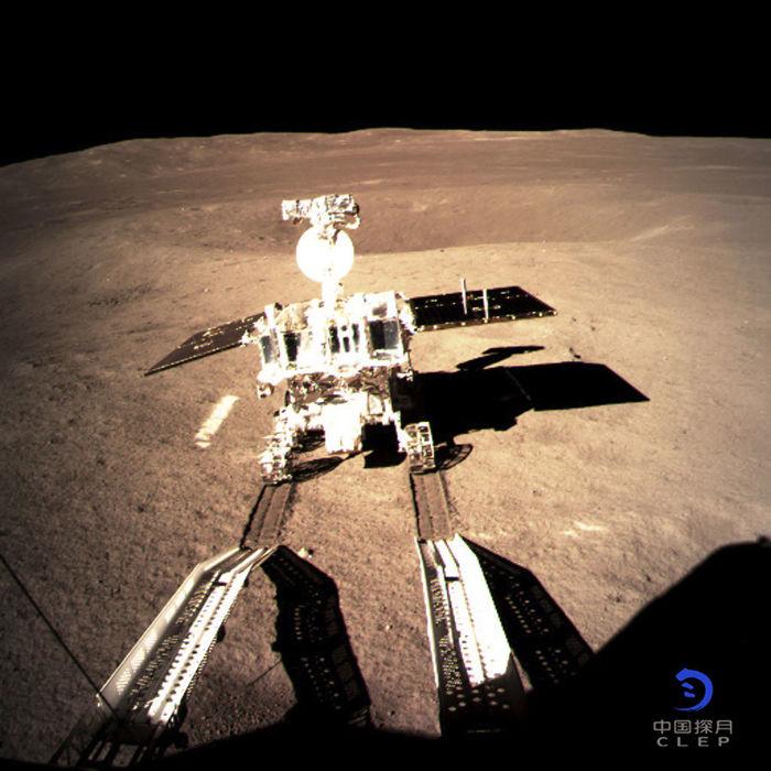 Китайский луноход исследовал камни на обратной стороне Луны Китай, Чанъэ-4, Юйту-2, Луна, Обратная сторона, Луноход, Исследование, Космос