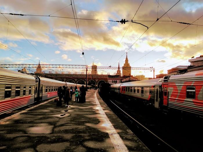 Москва солнечная весенняя Мобильная фотография, Москва, Казанский вокзал, Весна, Поезд, Командировка, Фотография