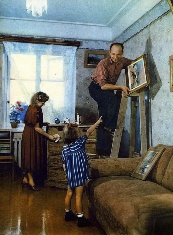 В новой квартире Москва 1953 год