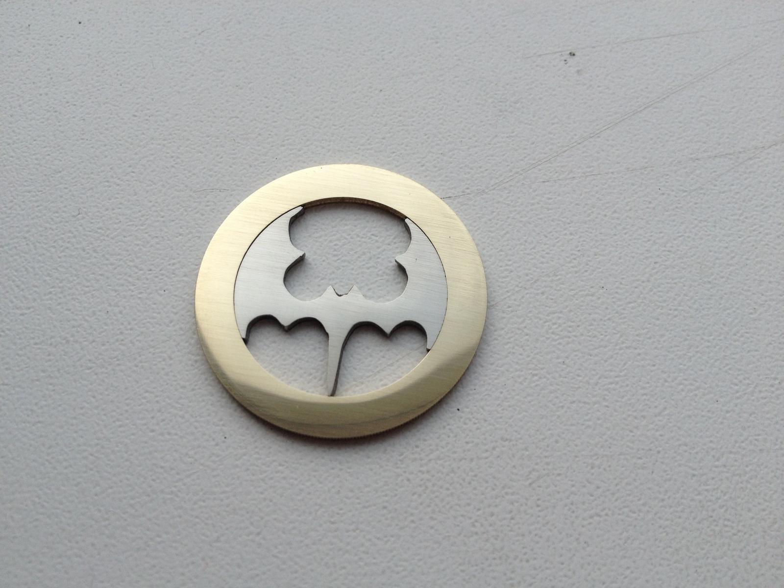 Как сделать из монеты медальон фото 529