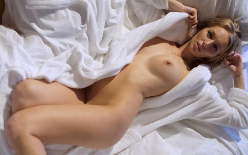 Прочел. Много голые женщины сиповки вид спереди и сзади фото что сейчас