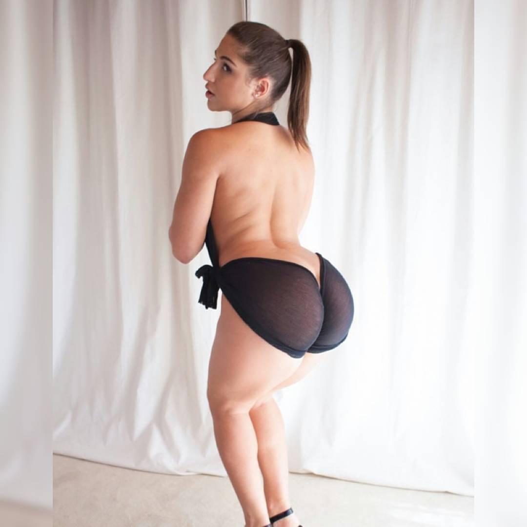 Порно актриса абелла фото 636-295