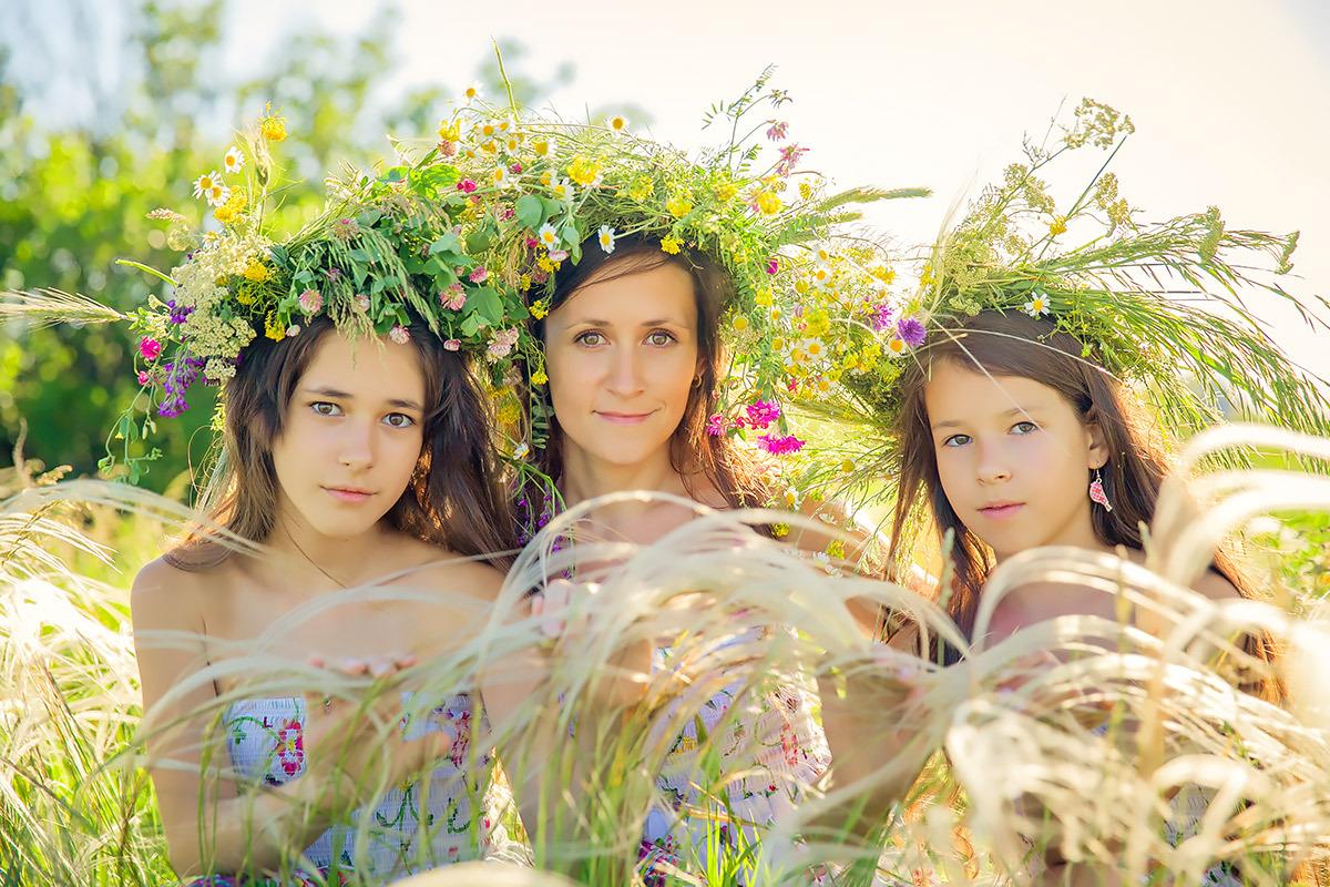 Мама с двумя дочками для мужчины