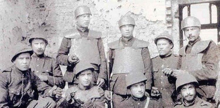 геи итальянские солдаты