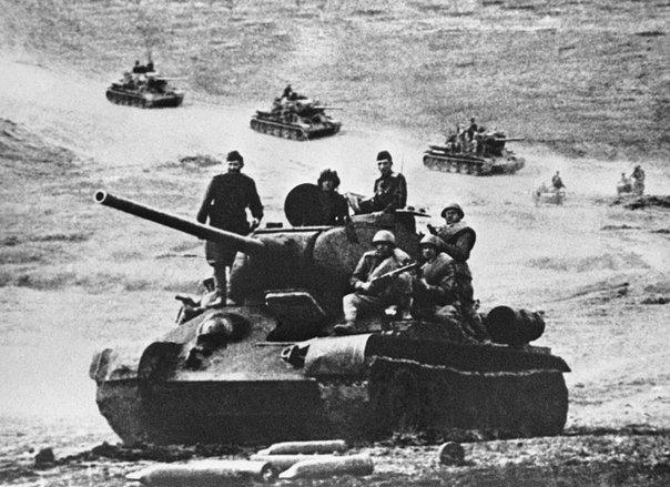 Т 34 против тигра вылетает при попадании