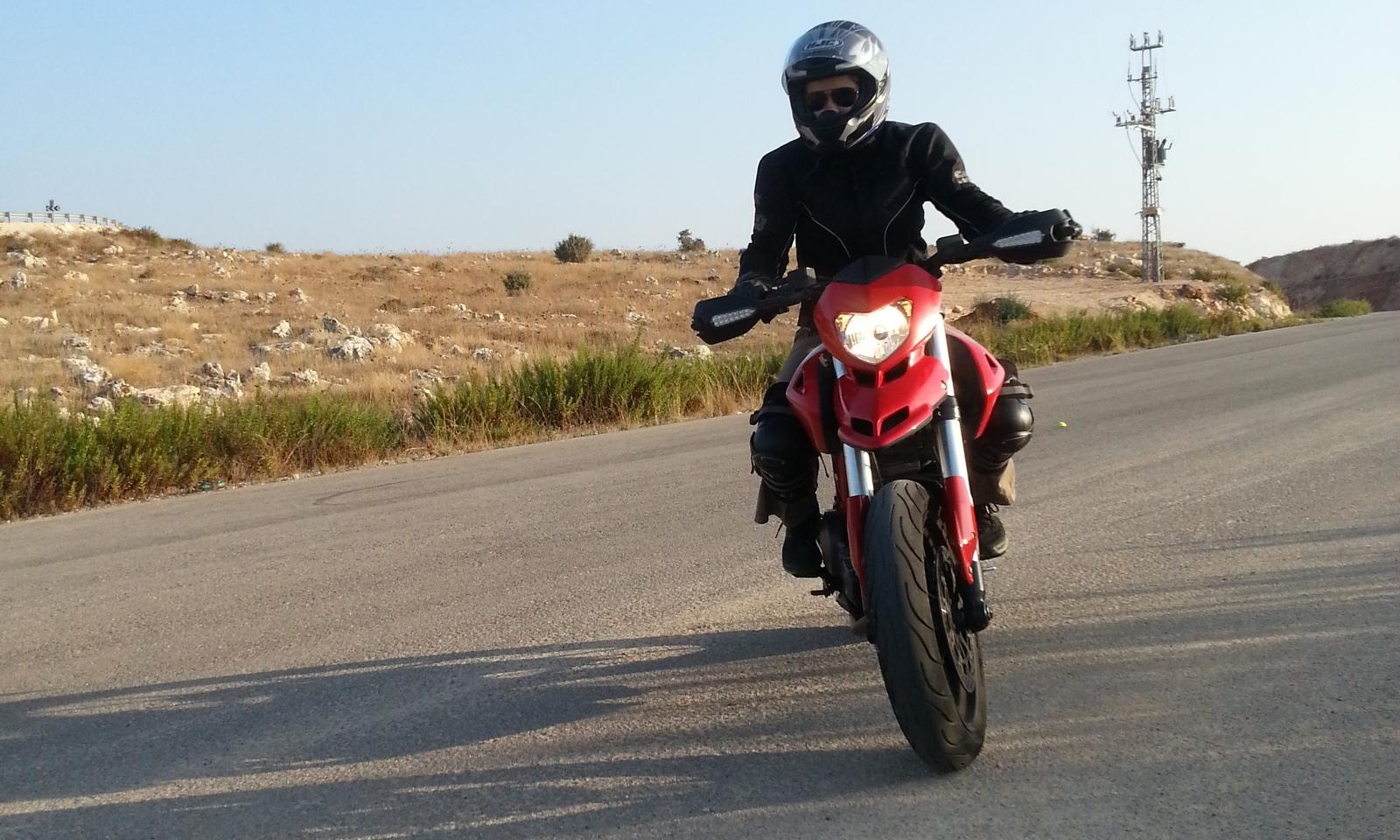 Картинки по запросу Опытный мотоинструктор - обучение вождению мотоцикла.