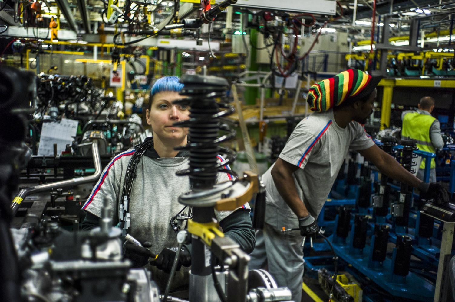 Работа на заводе конвейер шагающий конвейер шаговый конвейер