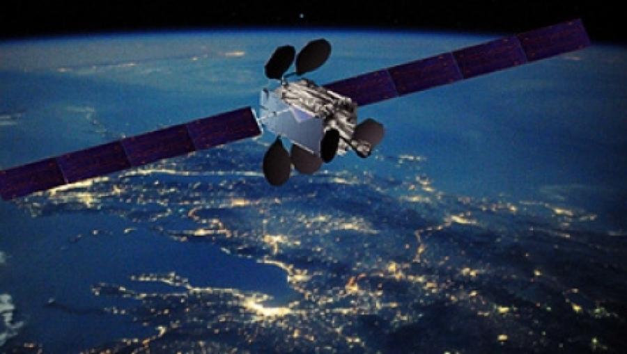 """История спутника """"Kazsat - 1"""" стоимость проекта 65 000 000 ..."""