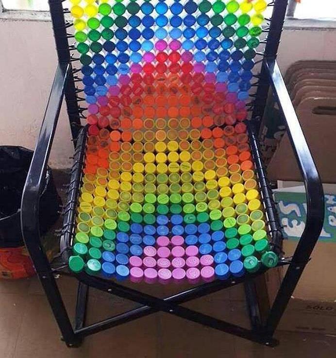 Мягкий стульчик из пластиковых бутылок » Сделай сам