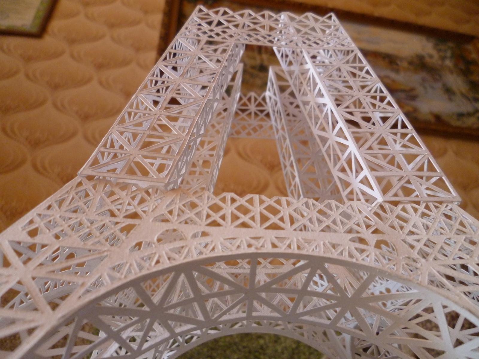Как сделать эйфелеву башню своими руками из картона