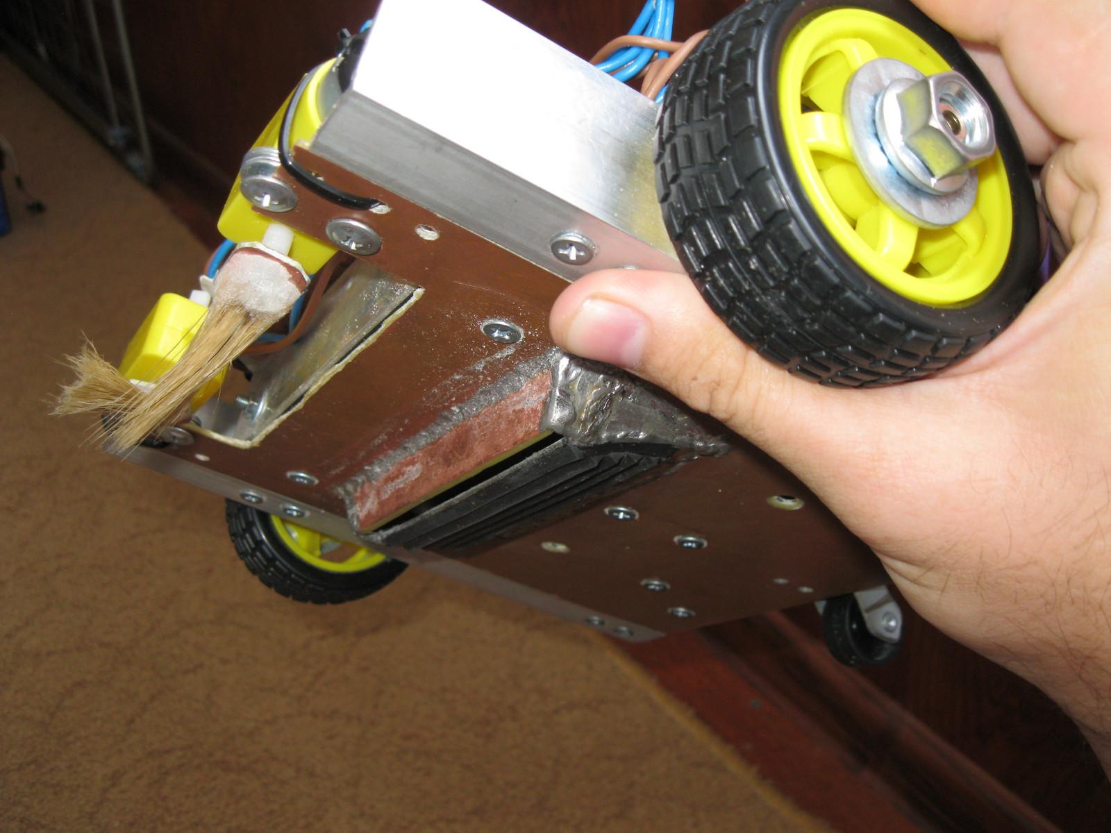 Как сделать робот пылесос своими руками фото 65