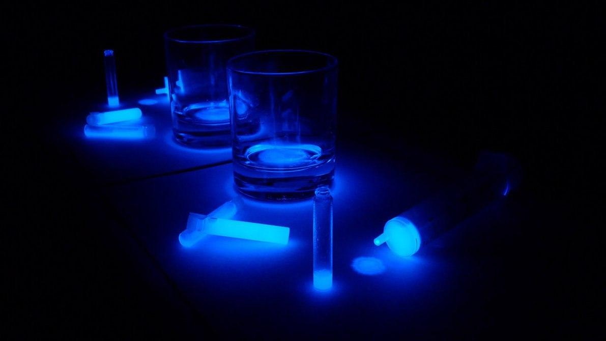 Как сделать дома светящуюся воду фото 205