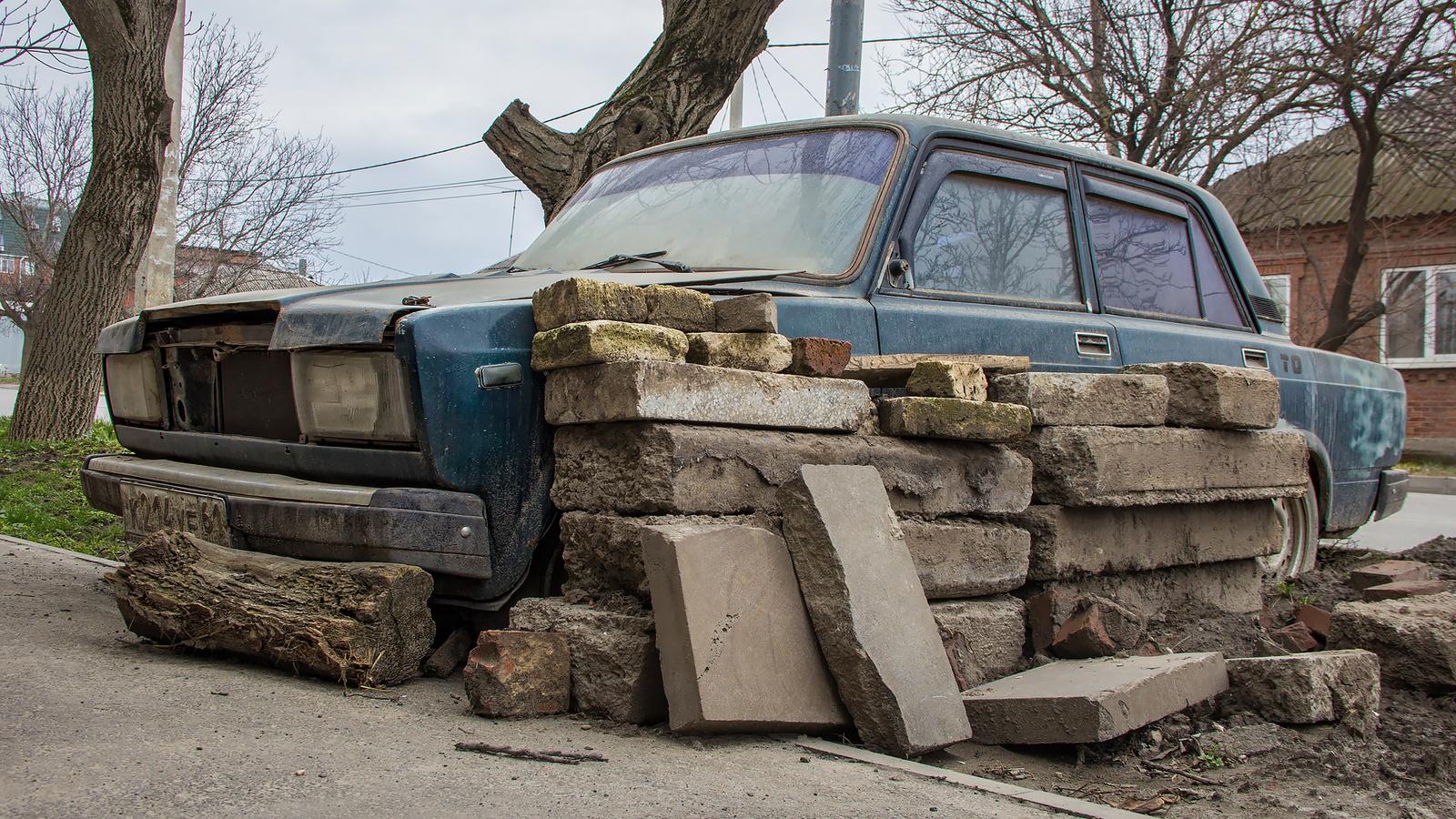 Обои автомобил, лес, брошенный, ржавчина, старый. Разное foto 15