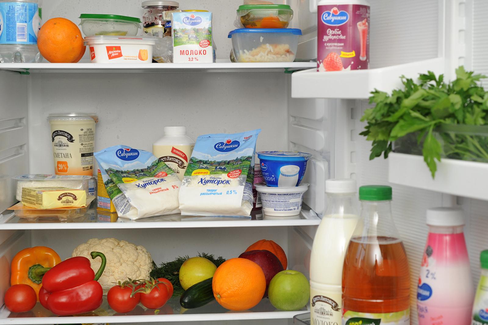 холодильник фото с едой