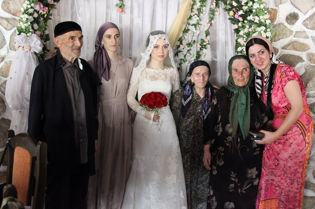 Невесру на свадьбе ебали все гости