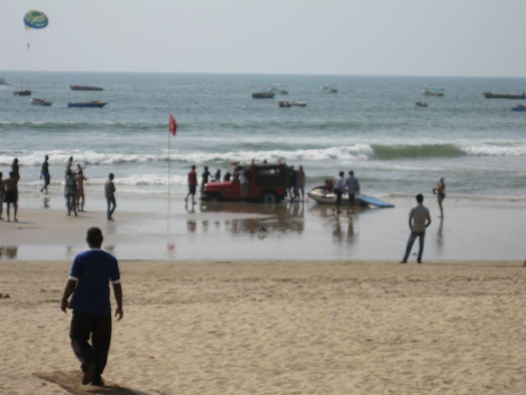 Секс на море со спасателем