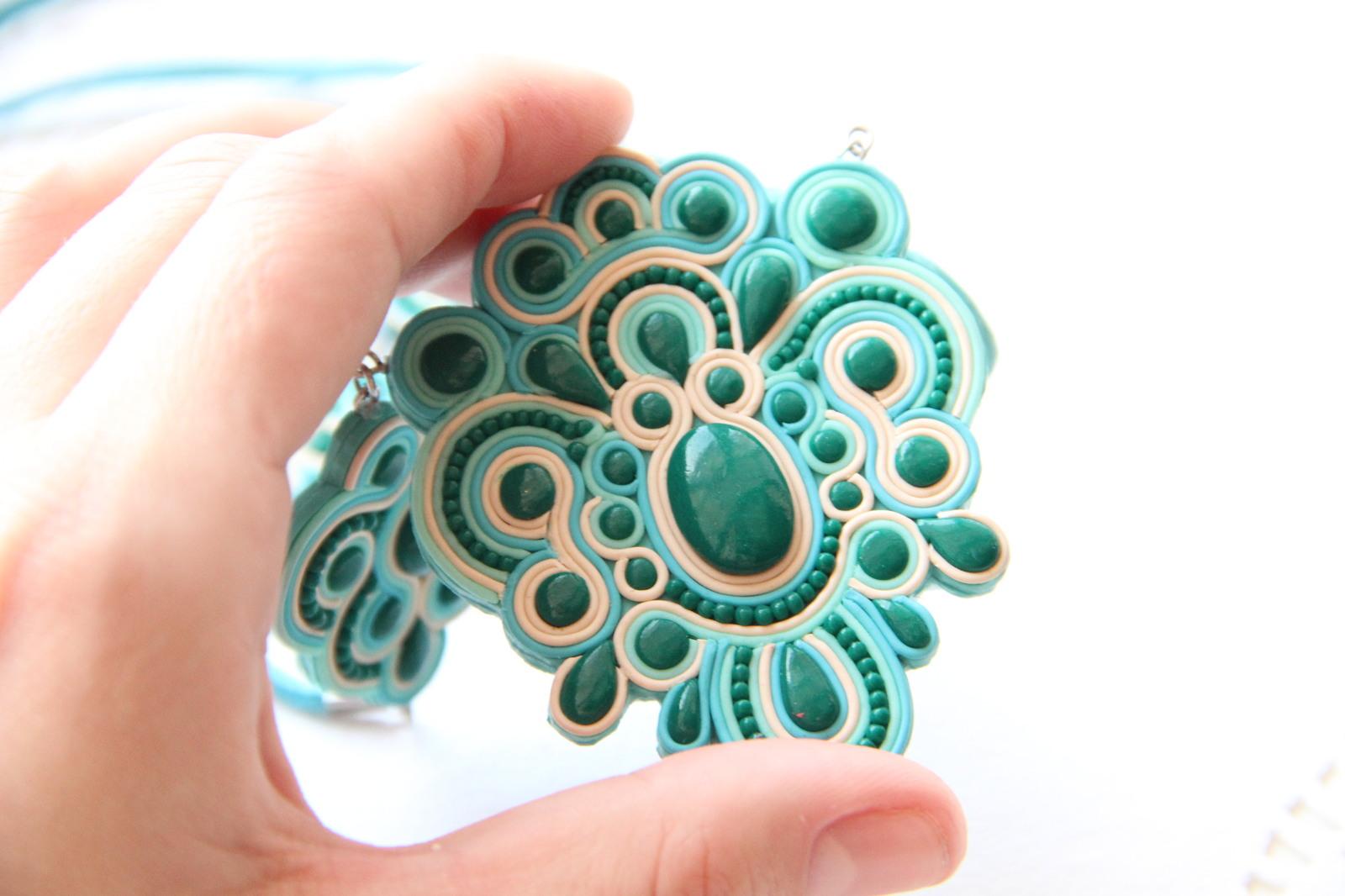 127e9947b53a Комплект ювелирных украшений ручной работы.