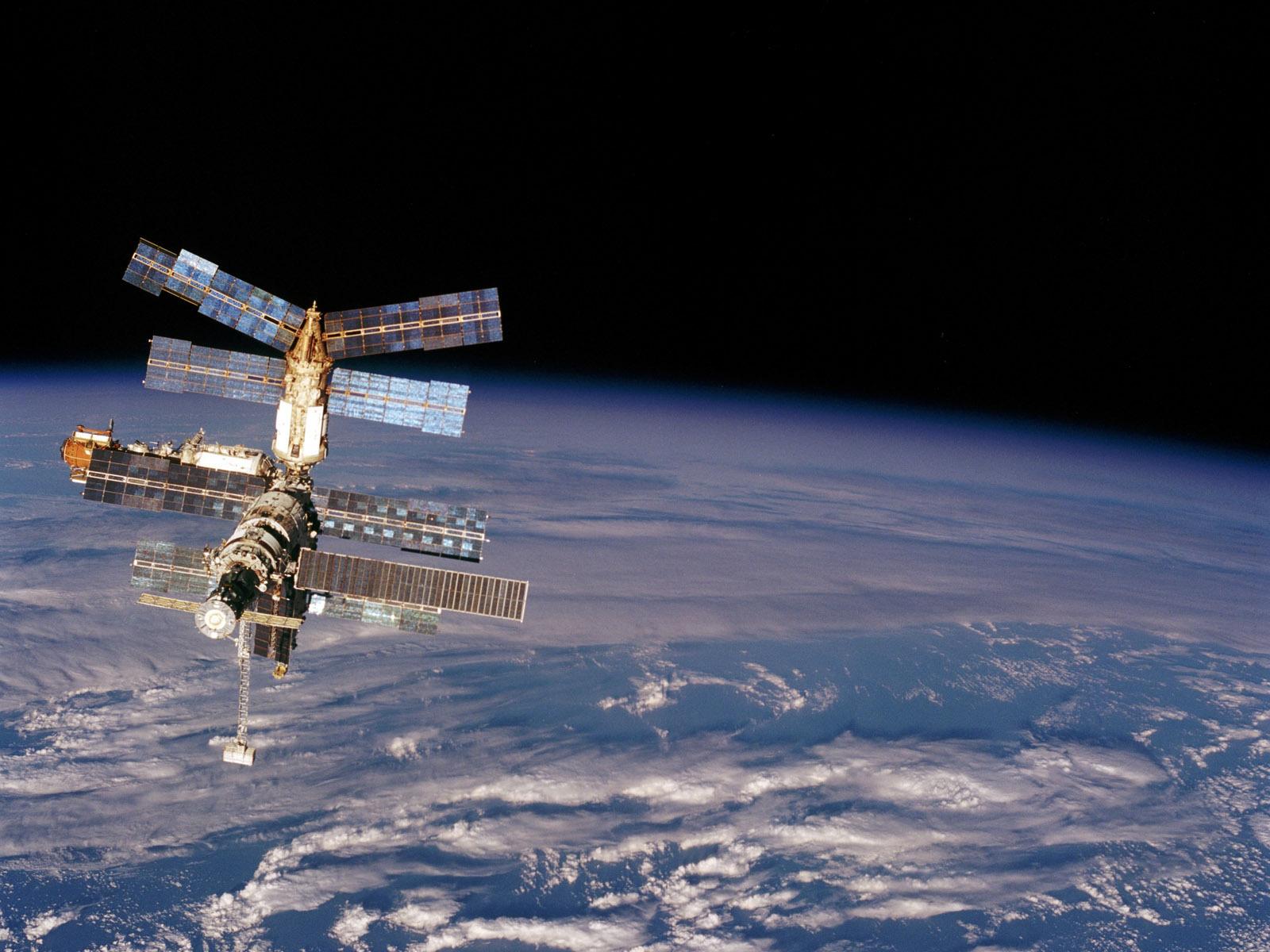 фото в космосе мкс