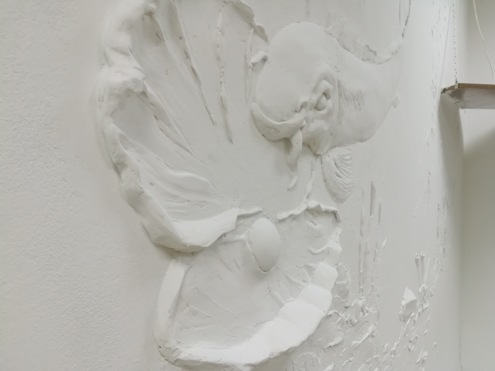 The bas-relief with the hands of the clock, very, decided, easy, terraco, It turned out, necessary, quickly, Just, done, always, material, silverfish, help, work, old, give, It means, it is painted, bas-relief