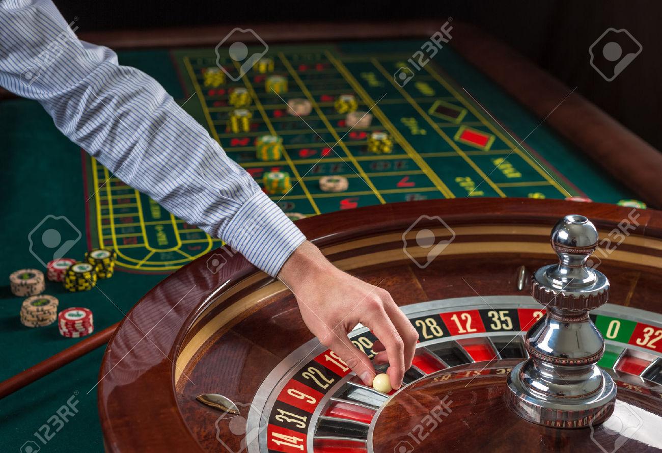 igra-na-razborki-v-kazino