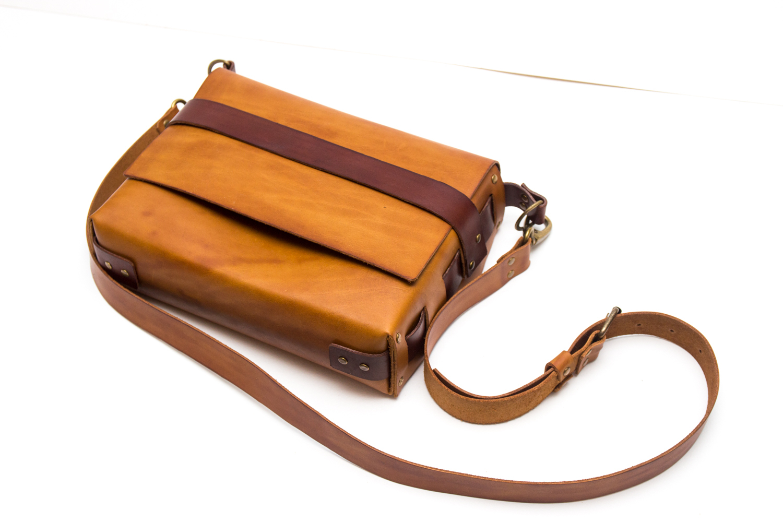Как сшить бесшовную сумку из натуральной кожи