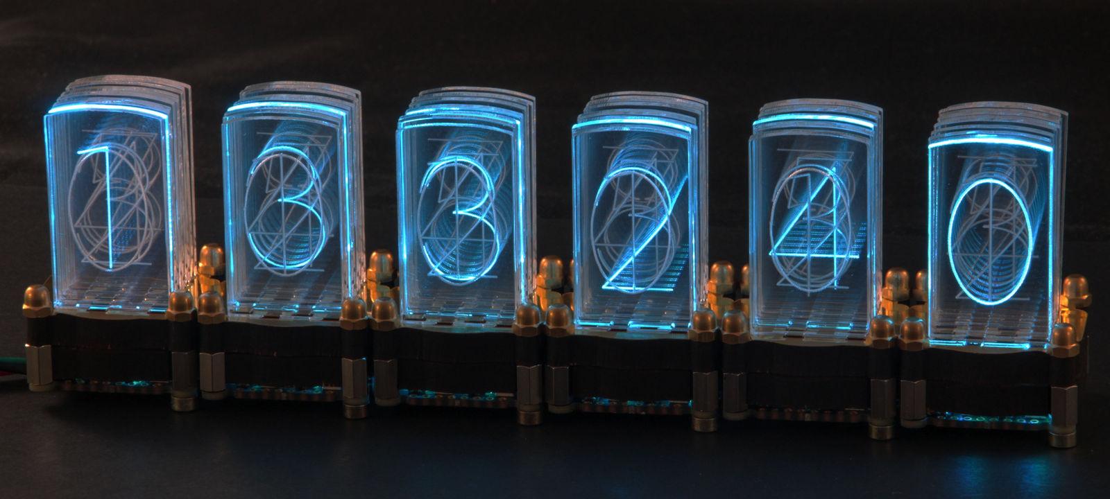 Электронные часы на микросхемах 176 серии и индикаторе из 142.
