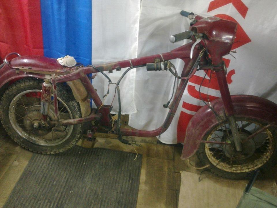 Restoration of the motorcycle JAWA 350 1963