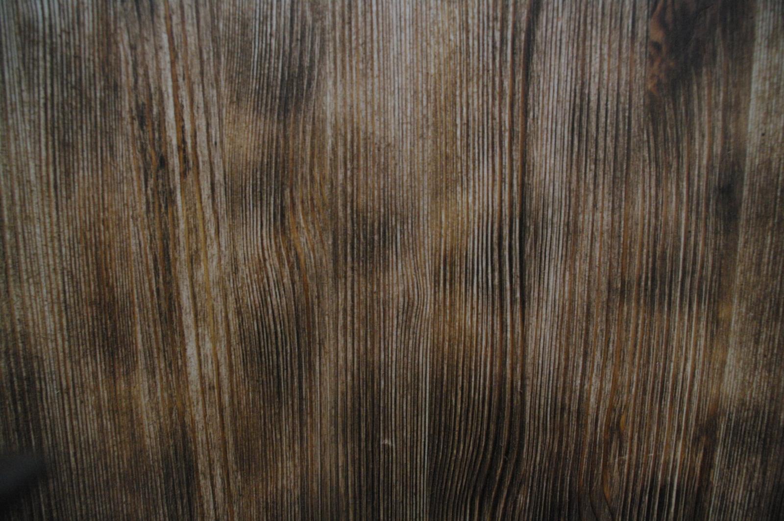 Браширование и обжиг деревянного стола