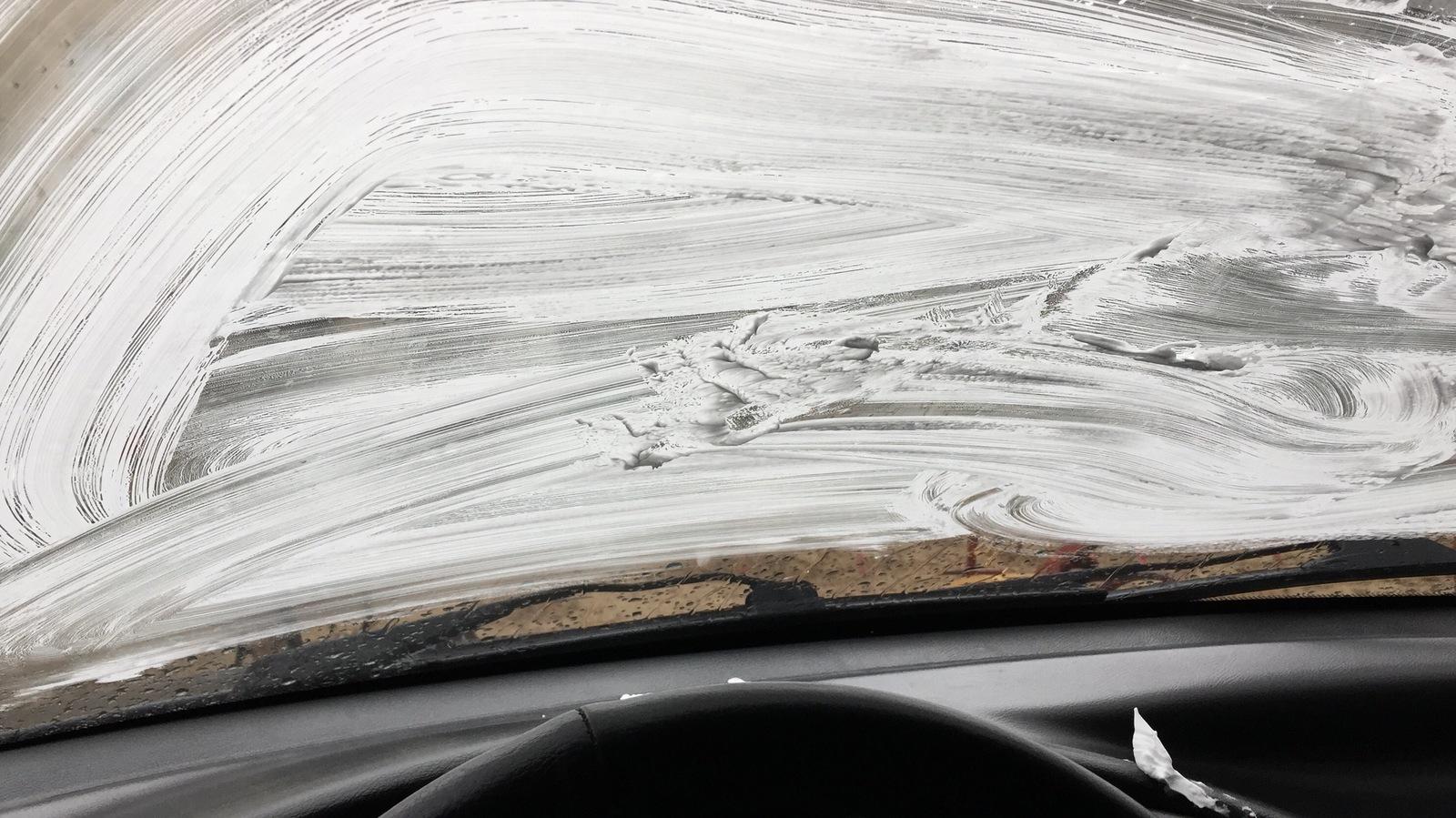 Потеют окна в авто от секса